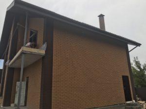 Большой дом утеплен клинкер-блоками7878